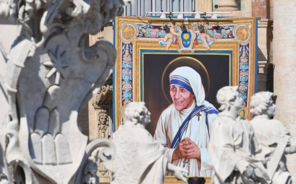 madre-teresa-santa-1024x6381